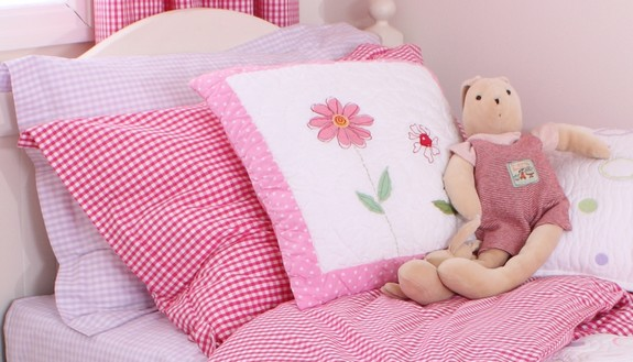 babyface-gingham-bedding.jpg