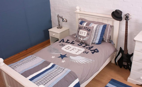 babyface-varsity-bedding-set-category.jpg